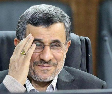 اگر پول نفت را به مردم بدهیم، به هر ایرانی ماهی ۲/۵ میلیون تومان می رسد/ ریشه فساد تمرکز قدرت و ثروت است/ در این کشور هر اتفاقی افتاد انداختند گردن من! فقط مانده حمله مغول