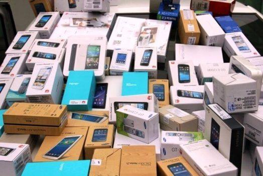 انهدام شبکه قاچاق سازمانیافته تلفن همراه در خوی / متهمان ۵ هزار دستگاه تلفن همراه قاچاق کرده بودند